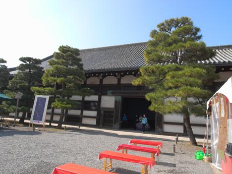 kanhikari_01.jpg